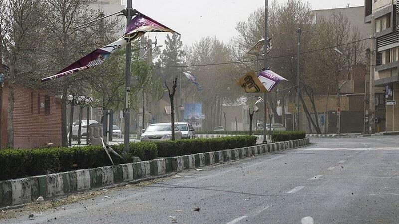 هشدار ، تندباد استان مرکزی را فرا می گیرد