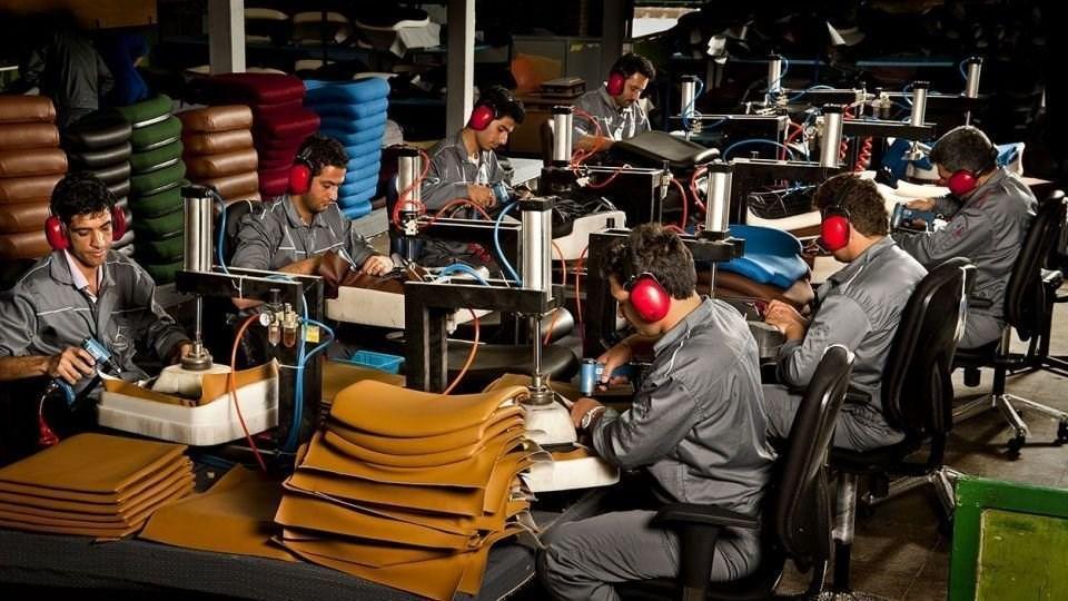 ستاد مقابله با تحریم ممنوعیت واردات کالاهای تولید داخل را به وزارت صمت سپرد