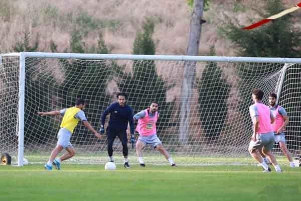 فوتبال درون تیمی در دستور کار آبی پوشان