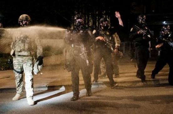 اقامه دعوای ایالت اورگن علیه پلیس مخفی ترامپ